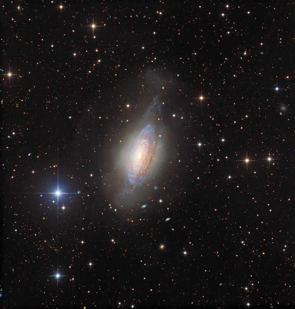 NGC 3521, galaxie dans une bulle