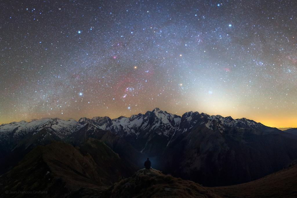 La nuit zodiacale pyrénéenne