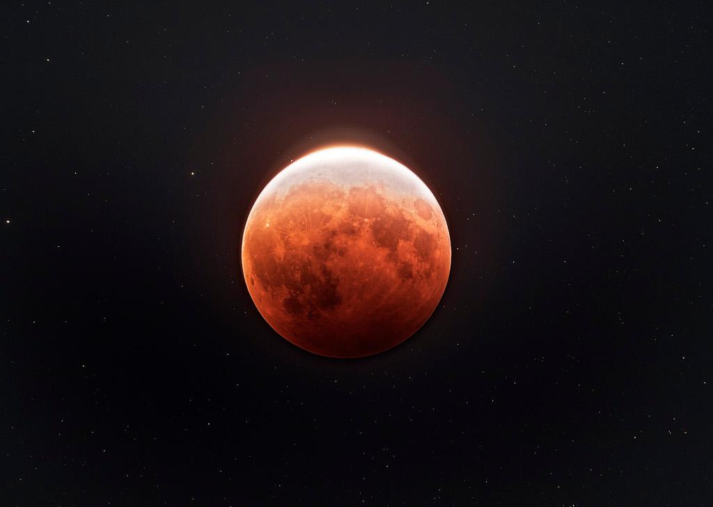 Éclipse totale de Lune depuis Sidney