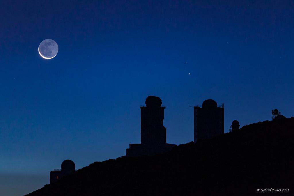 Mercure et la lueur de Vinci sur le pic du Teide