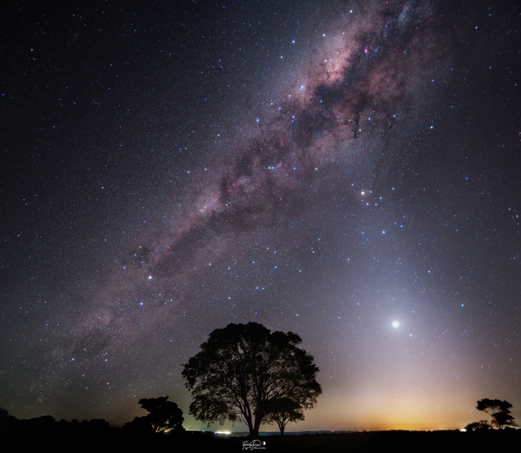 Une nuit de poussière d\'étoiles