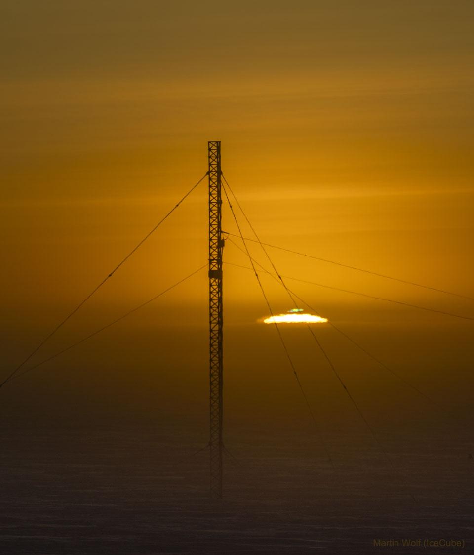 Lever de Soleil au pôle sud